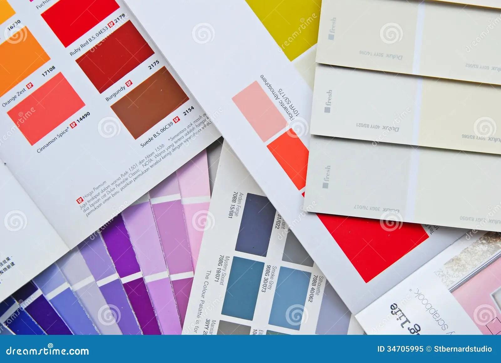 Tabella colori delle vernici come usarla per le pareti di. Grafico Libro Catalogo E Carta Del Fan Di Colore Per La Pittura Per Uso Interno Immagine Editoriale Immagine Di Combinazione Categoria 34705995