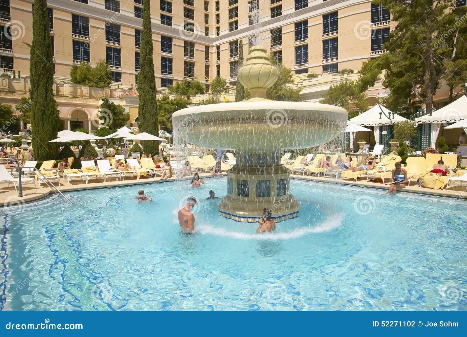 Grande Piscine Avec Des Nageurs Au Casino De Bellagio  Las Vegas Nanovolt Photographie