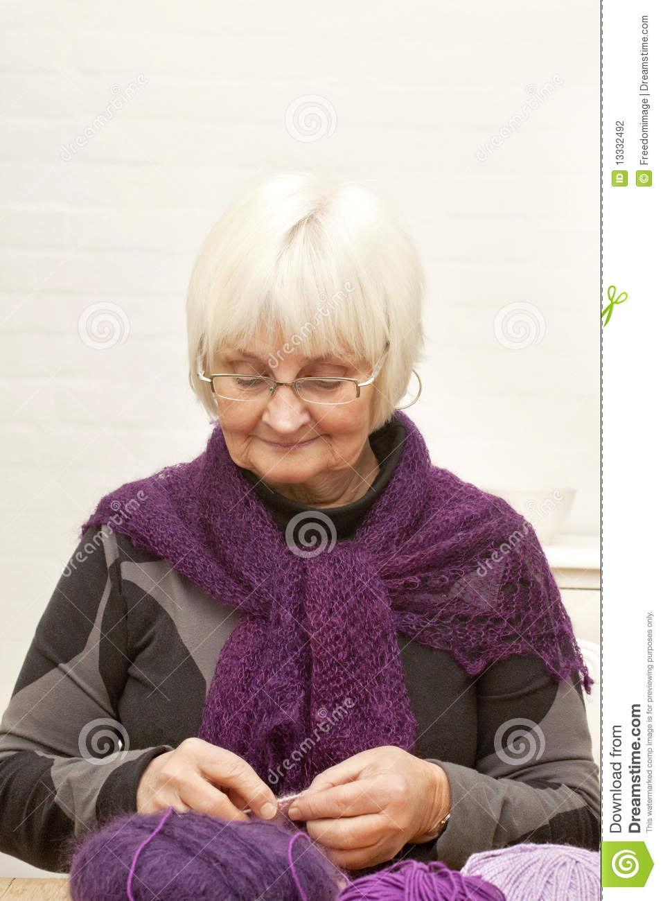 Handcraft Old Woman Knitting Stock Photography Image