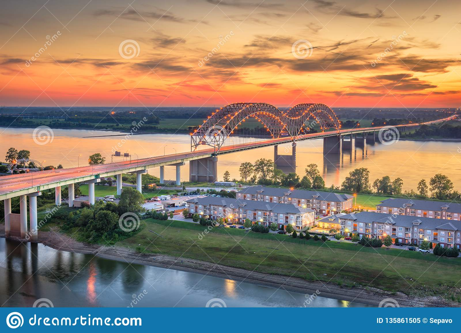 Hernando De Soto Bridge Stock Image Image Of Architecture