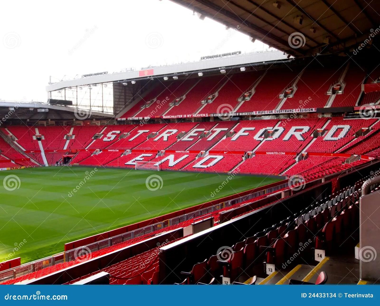 het eind stretford van oud stadion trafford redactionele stock afbeelding afbeelding bestaande uit verenigd europa 24433134