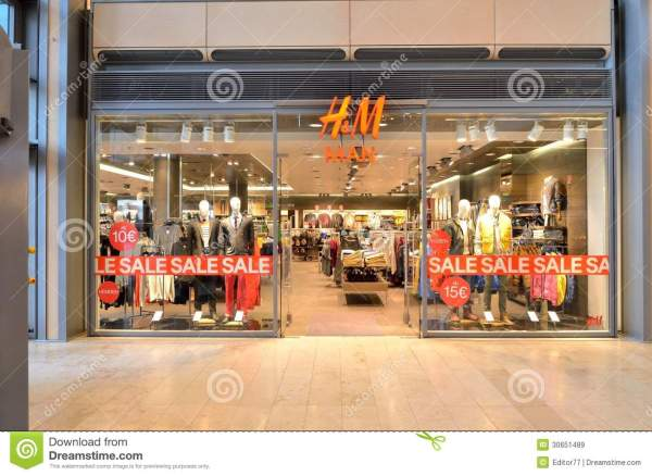 HM Clothing Store