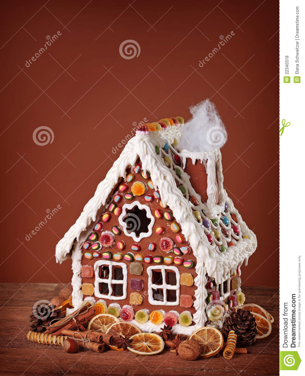 Homemade Gingerbread House Royalty Free Stock Photos