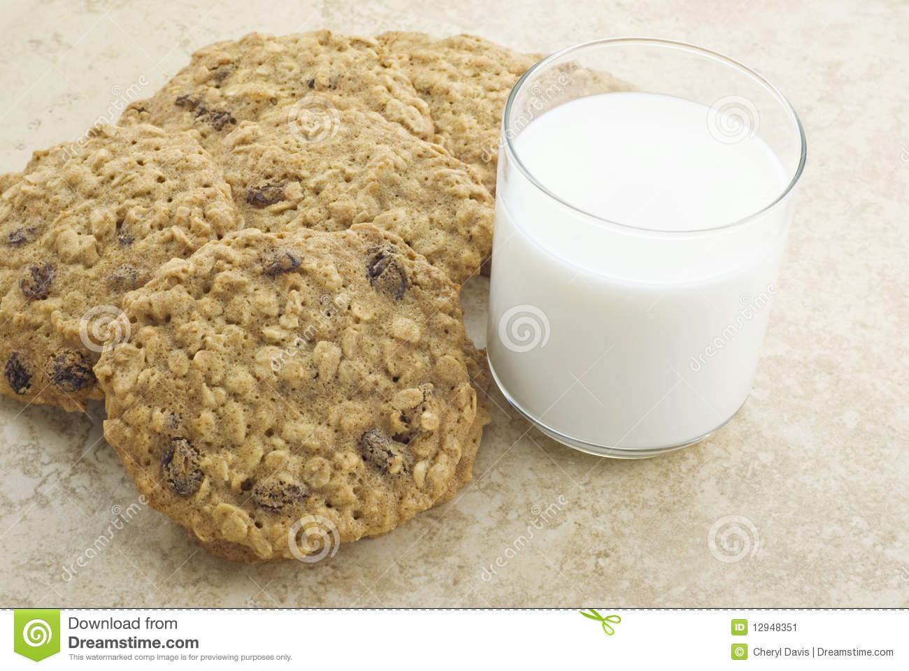 Chewy Oatmeal Raisin Cookies Royalty Free Stock