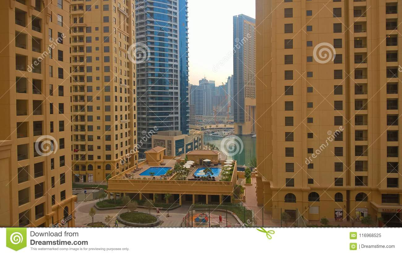 Hotel Hilton In Dubai Editorial Image Image Of Downtown