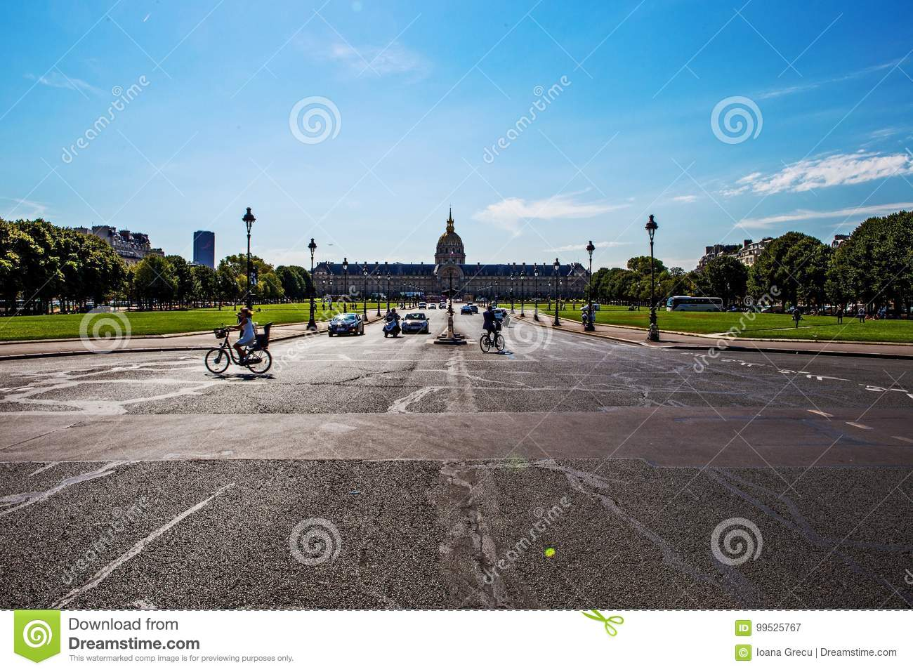 Les Invalides Paris On A Sunny Day Editorial Photography