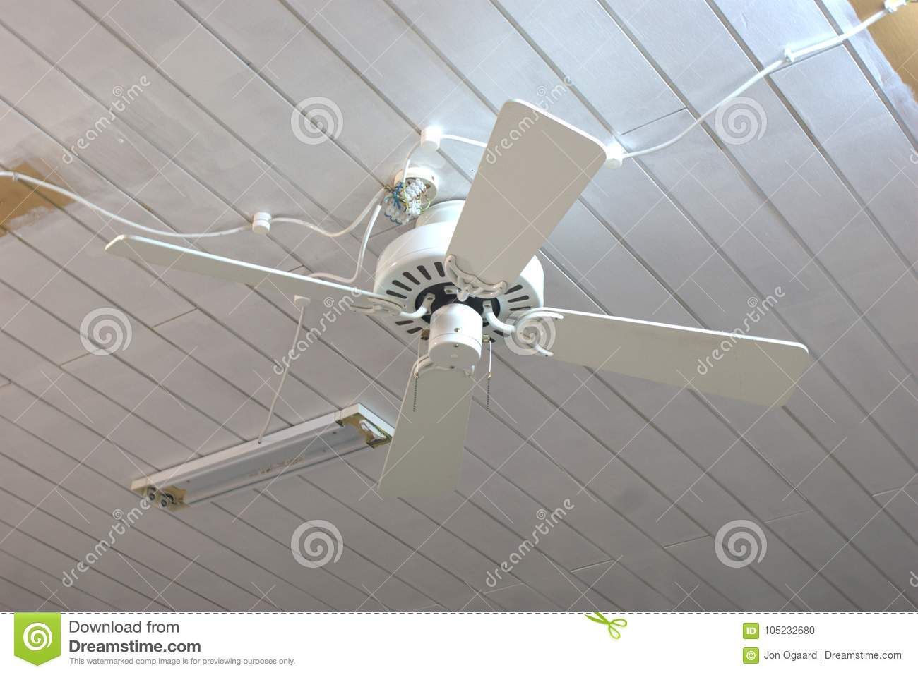 hight resolution of how not to install a ceiling fan