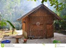 Hut Wooden Royalty Free Stock - 33599888