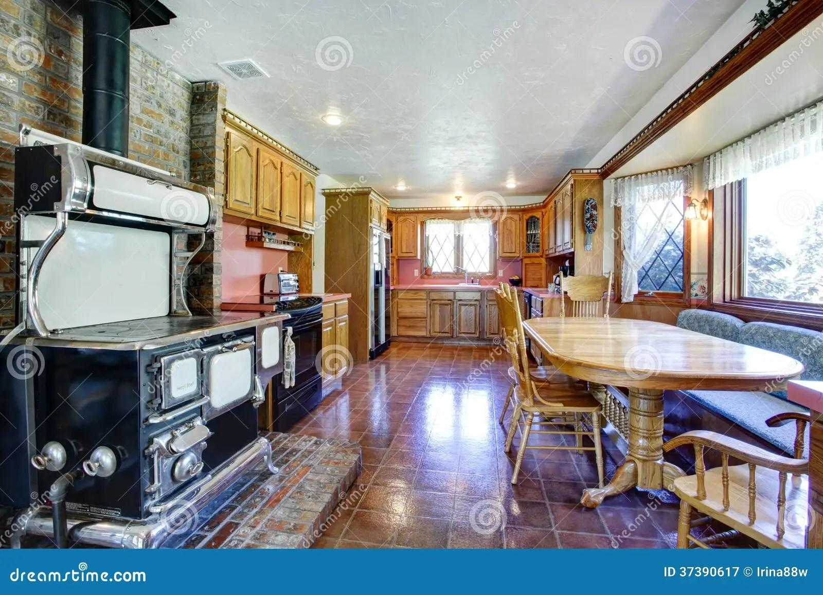 Impressive Farmhouse Kitchen Room With Antique Stove