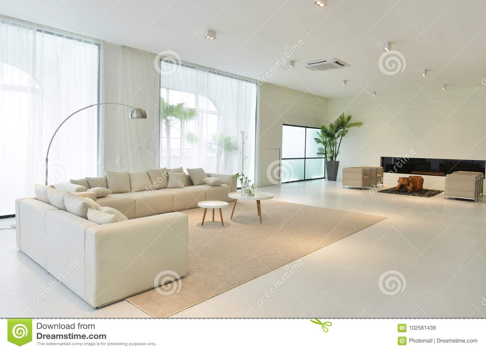 salon de maison moderne image stock