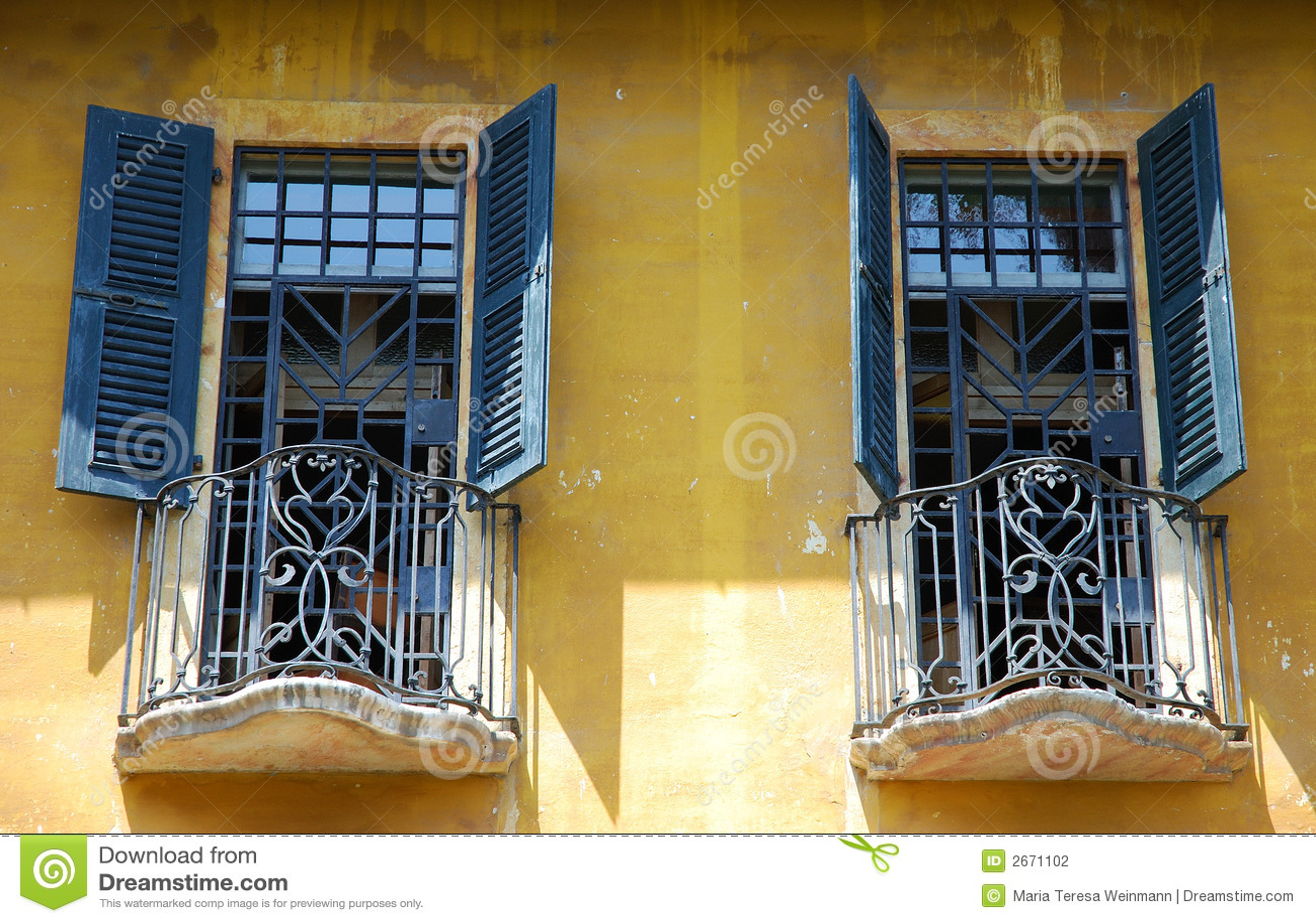 Italian Windows Stock Photography Image 2671102