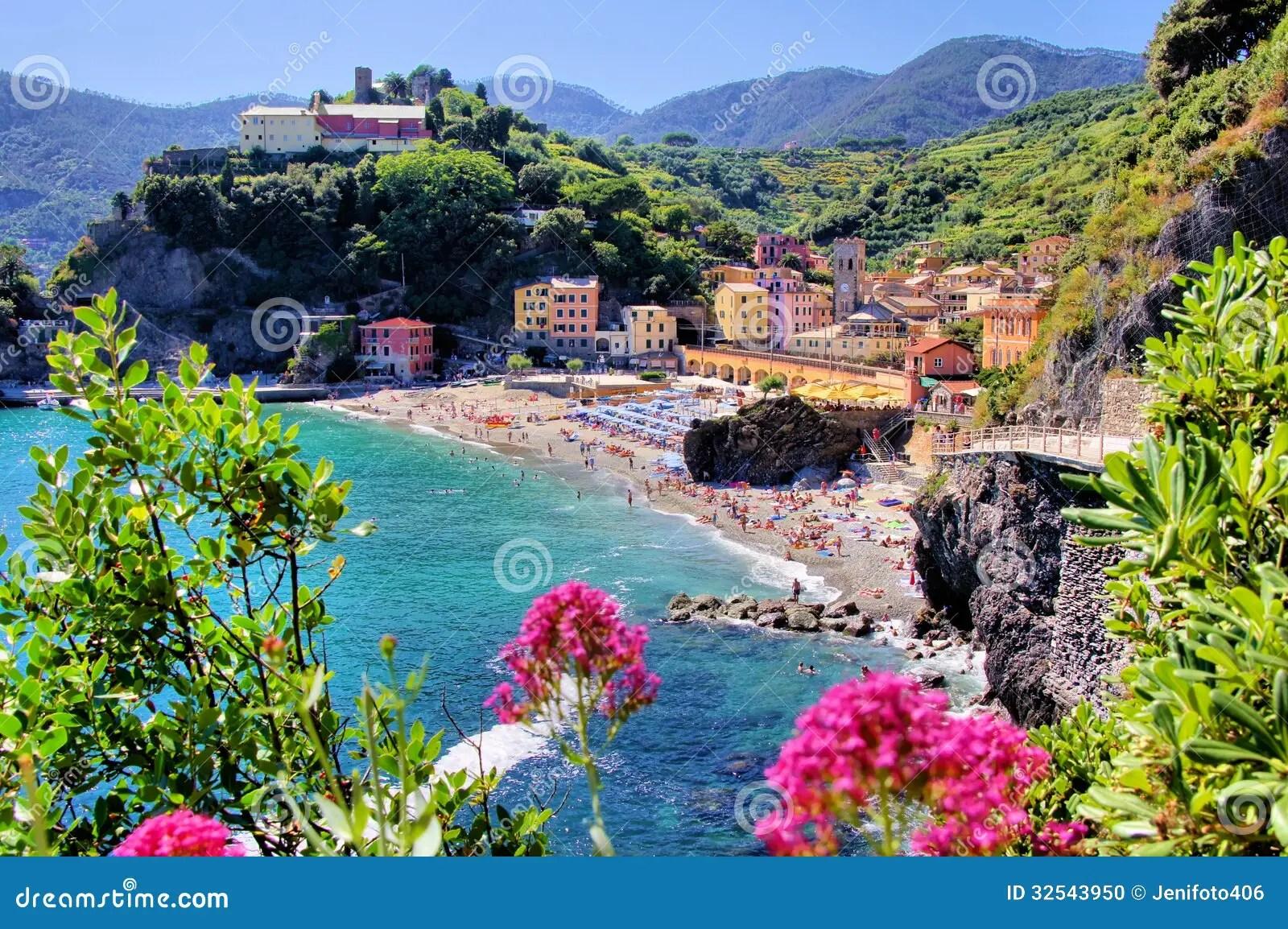 Italienische Küste Stockfoto Bild Von Purpurrot, Sommer