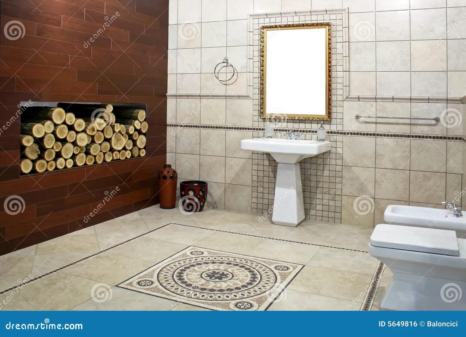 Italienisches Badezimmer stockfoto Bild von griffe bassin  5649816