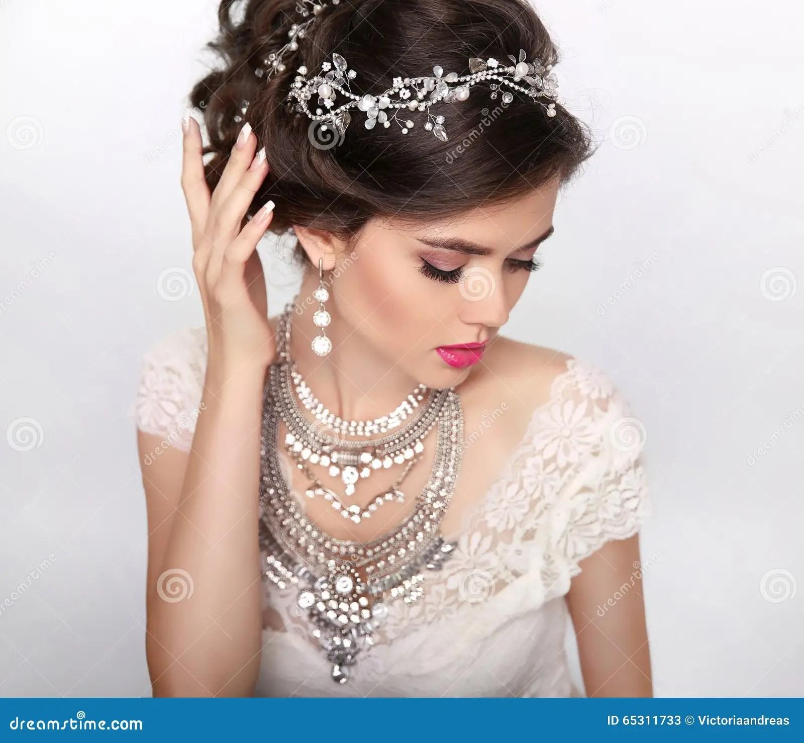 Jewelry Beautiful Fashion Luxury Hairstyle, Makeup