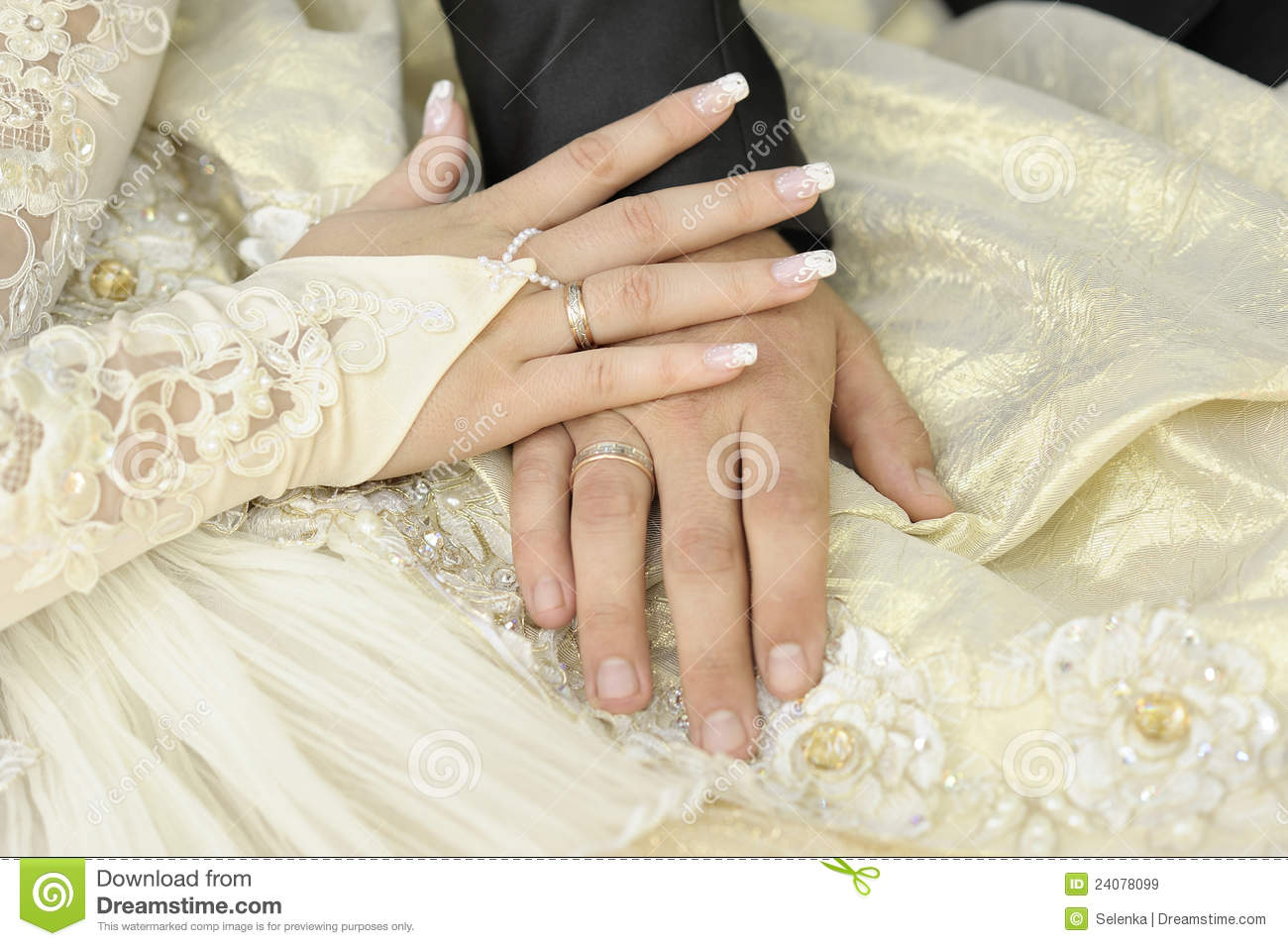 Just Married Couple Hands Stock Image Image Of Hands