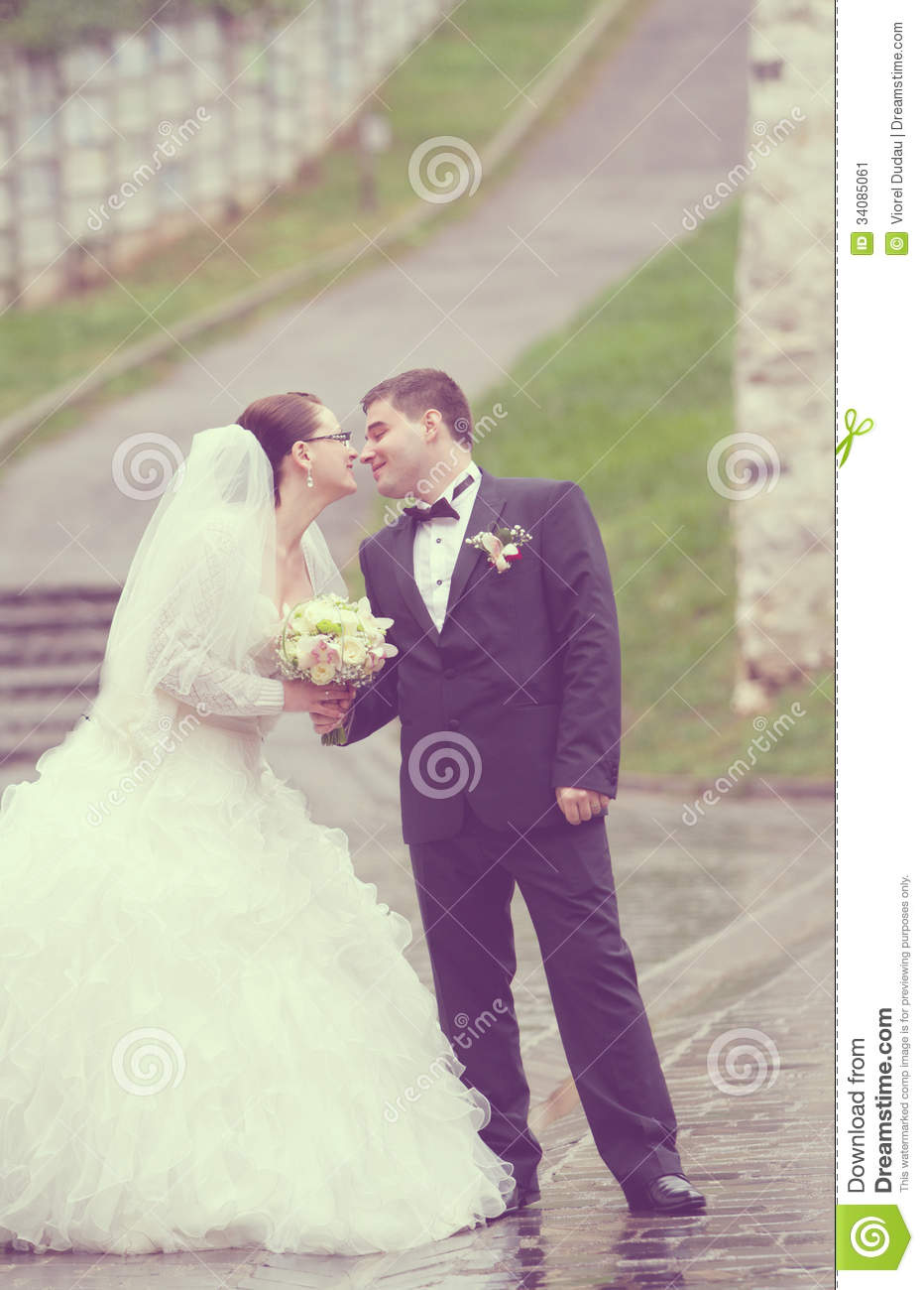 Just Married Couple Stock Image  Image 34085061