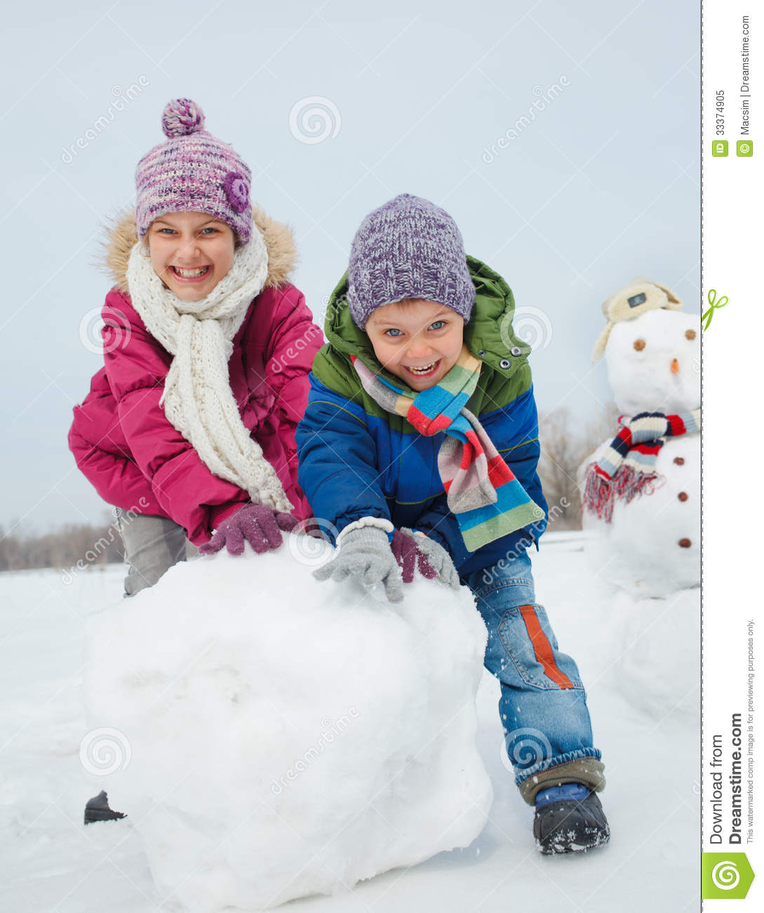 Kids Make A Snowman Stock Image Image Of Gloves Holiday