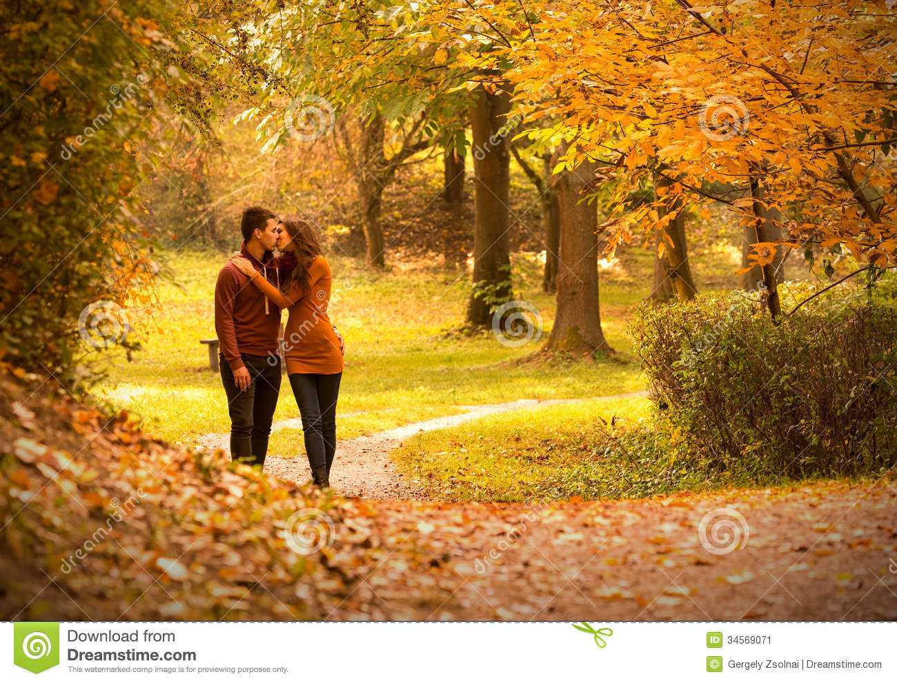 Fall Leaves Road Wallpaper Kiss Stock Image Image Of Caucasian Colorful Healthy