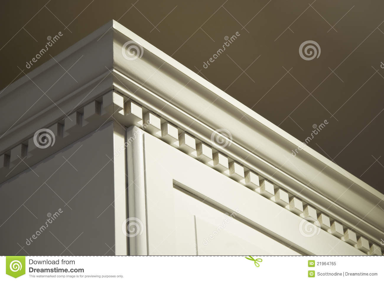 kitchen cabinet moulding mop crown stock image - image: 21964765