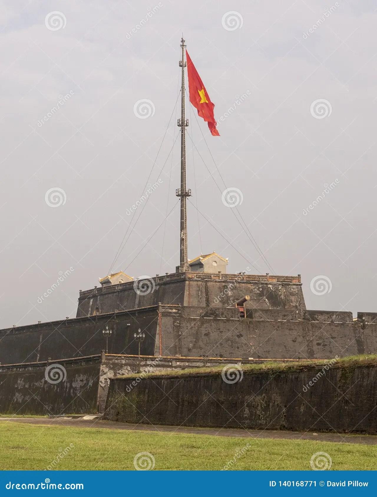 Drapeau Rouge Avec Etoile Jaune : drapeau, rouge, etoile, jaune, Drapeau, Citadel, Vietnam, Image, Stock, Trois,, Rouge:, 140168771