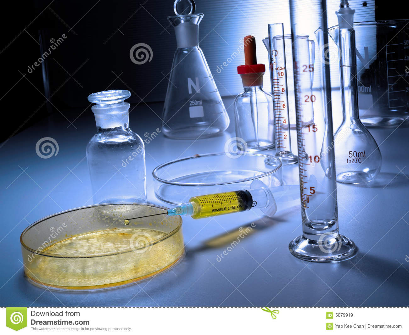 Laboratory Apparatus Stock Image Image Of Flask Cylinder