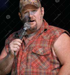 larry the cable guy performs [ 1280 x 1689 Pixel ]
