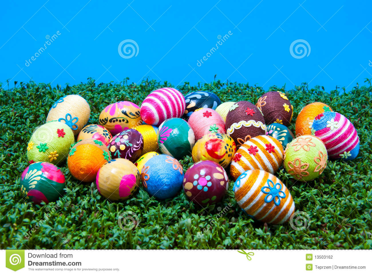 Lots Of Easter Eggs On Cress Stock Photography Image
