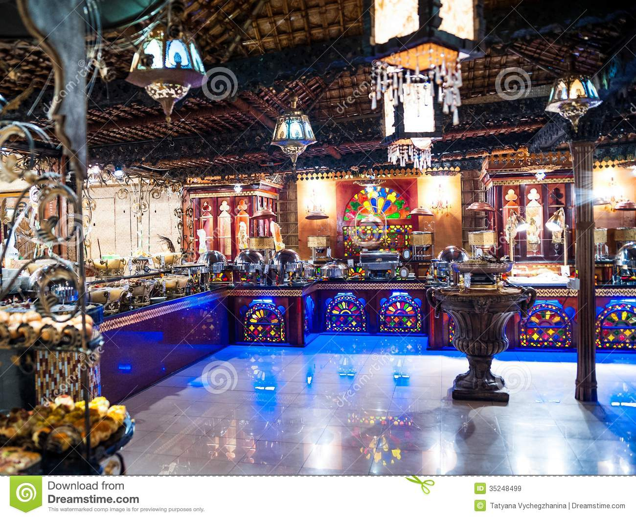 Luxurious Arabic Restaurant Royalty Free Stock Images