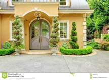 Beautiful House Front Entrance