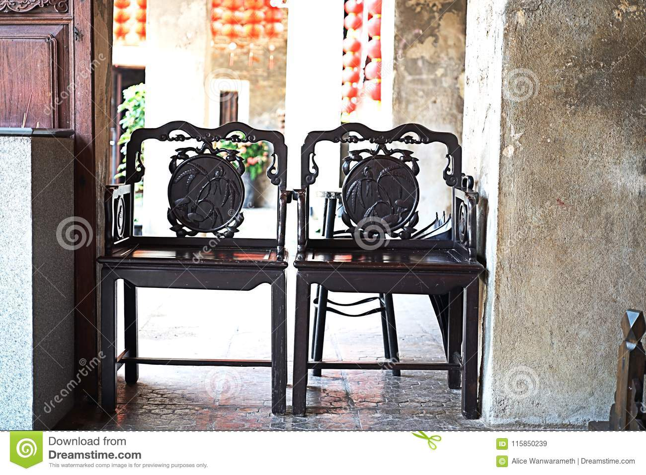 chair design bangkok high desk chairs luxury vintage and table chinese style at lhong 1919 stock thailand
