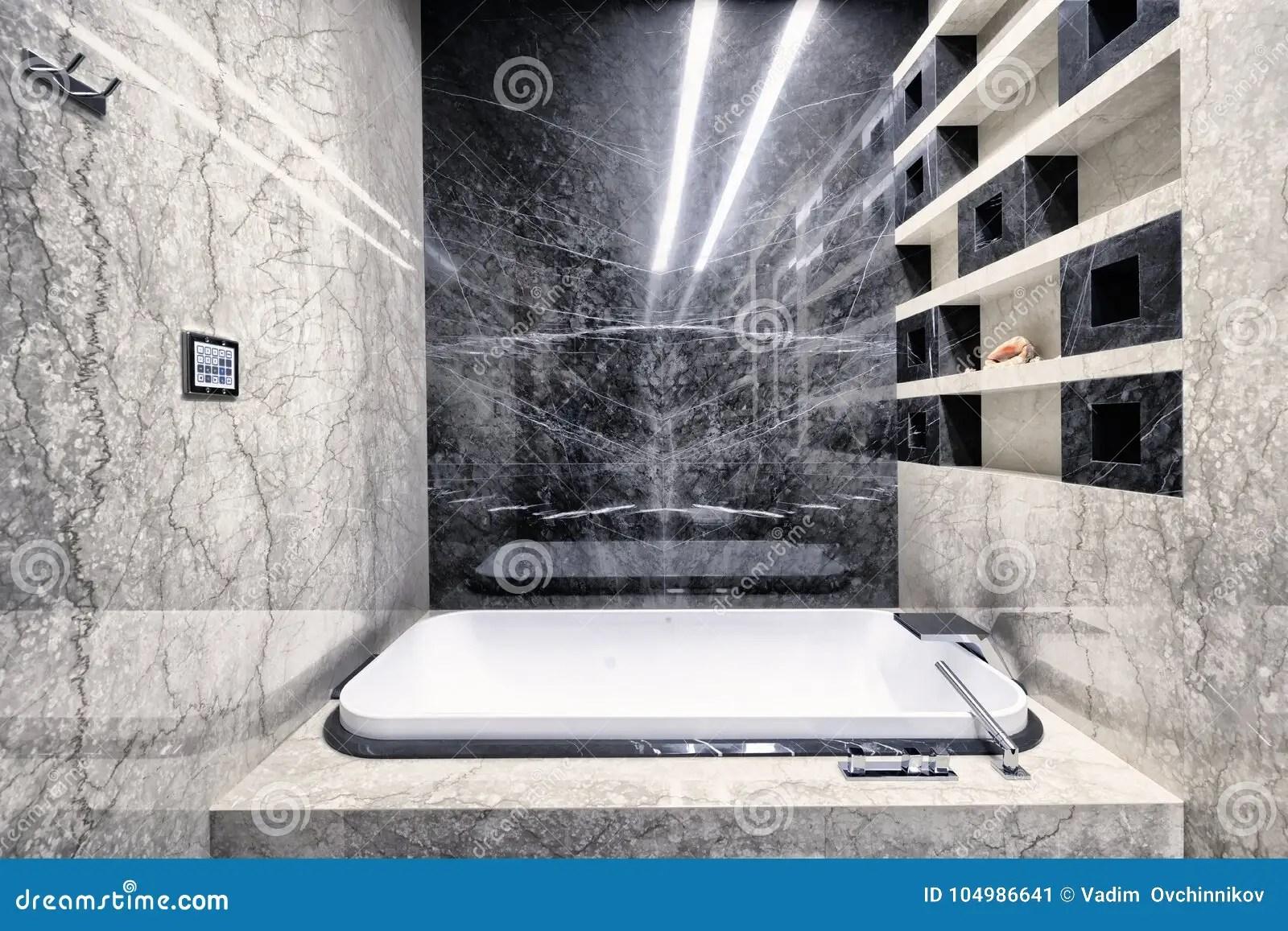 marbre noir et blanc a l interieur d