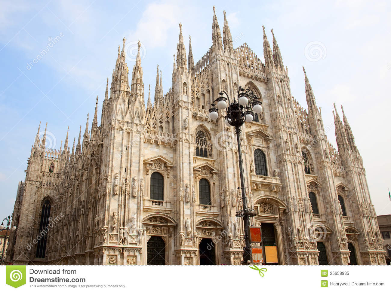Milan Cathedral (Dome, Duomo) Stock Image - Image of magnificent, statue: 25658985