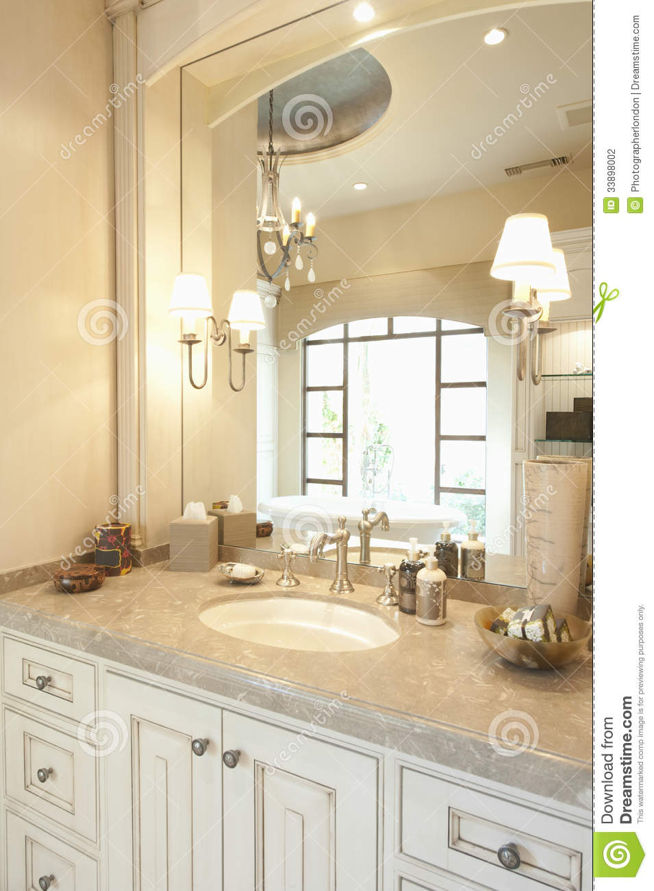 Modern Bathroom Stock Photography  Image 33898002