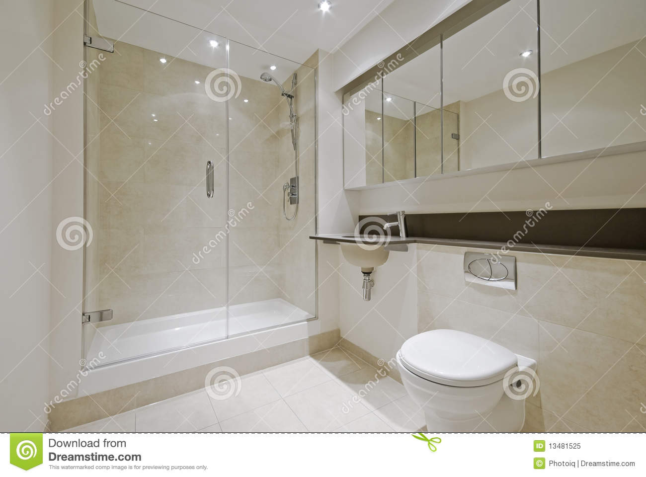 Modern En Suite Bathroom Stock Image Image Of Cupboard