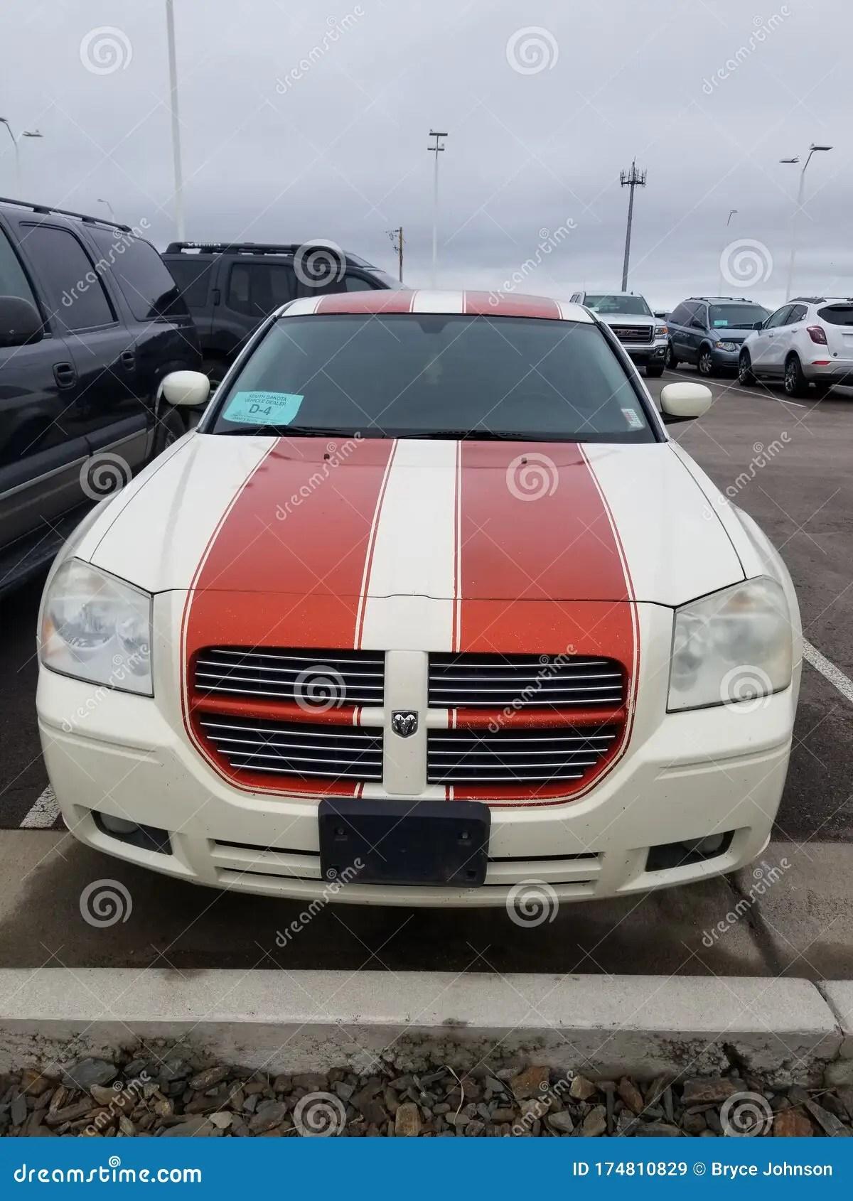 White Dodge Magnum : white, dodge, magnum, Mopar, Wagon, Dodge, Magnum, White, Editorial, Stock, Image, Magnum,, Mopar:, 174810829