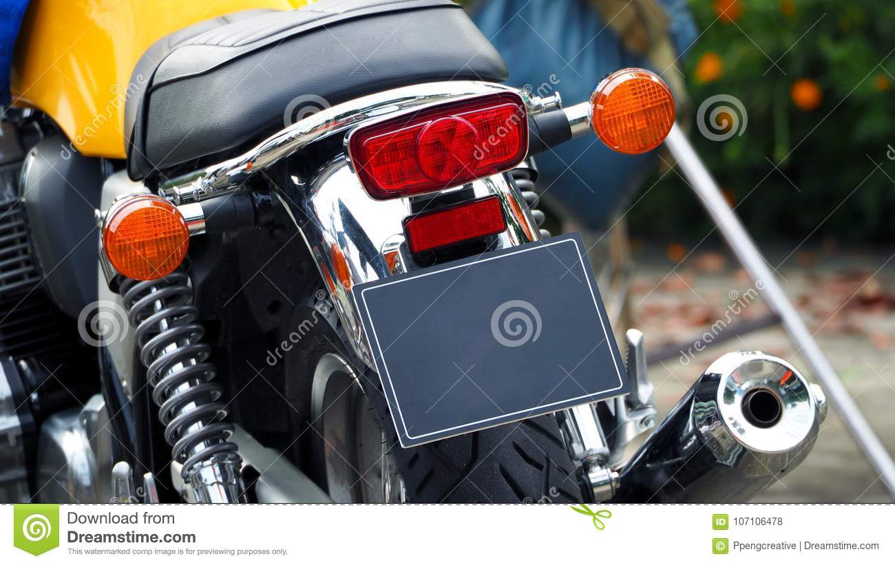 hight resolution of motorcycle bigbike break and turn signal light