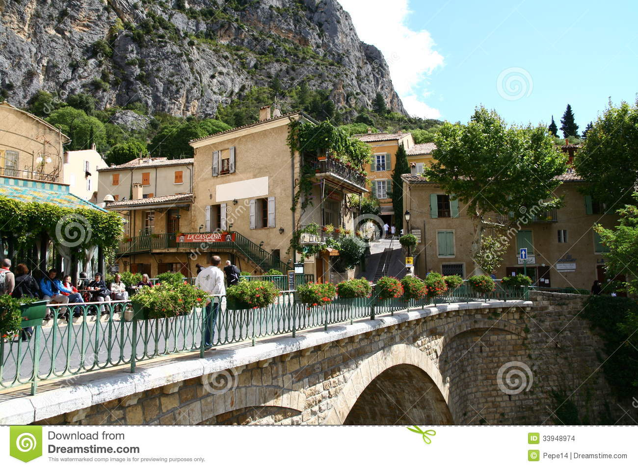 Moustiers Sainte Marie In Provence Editorial Stock Image