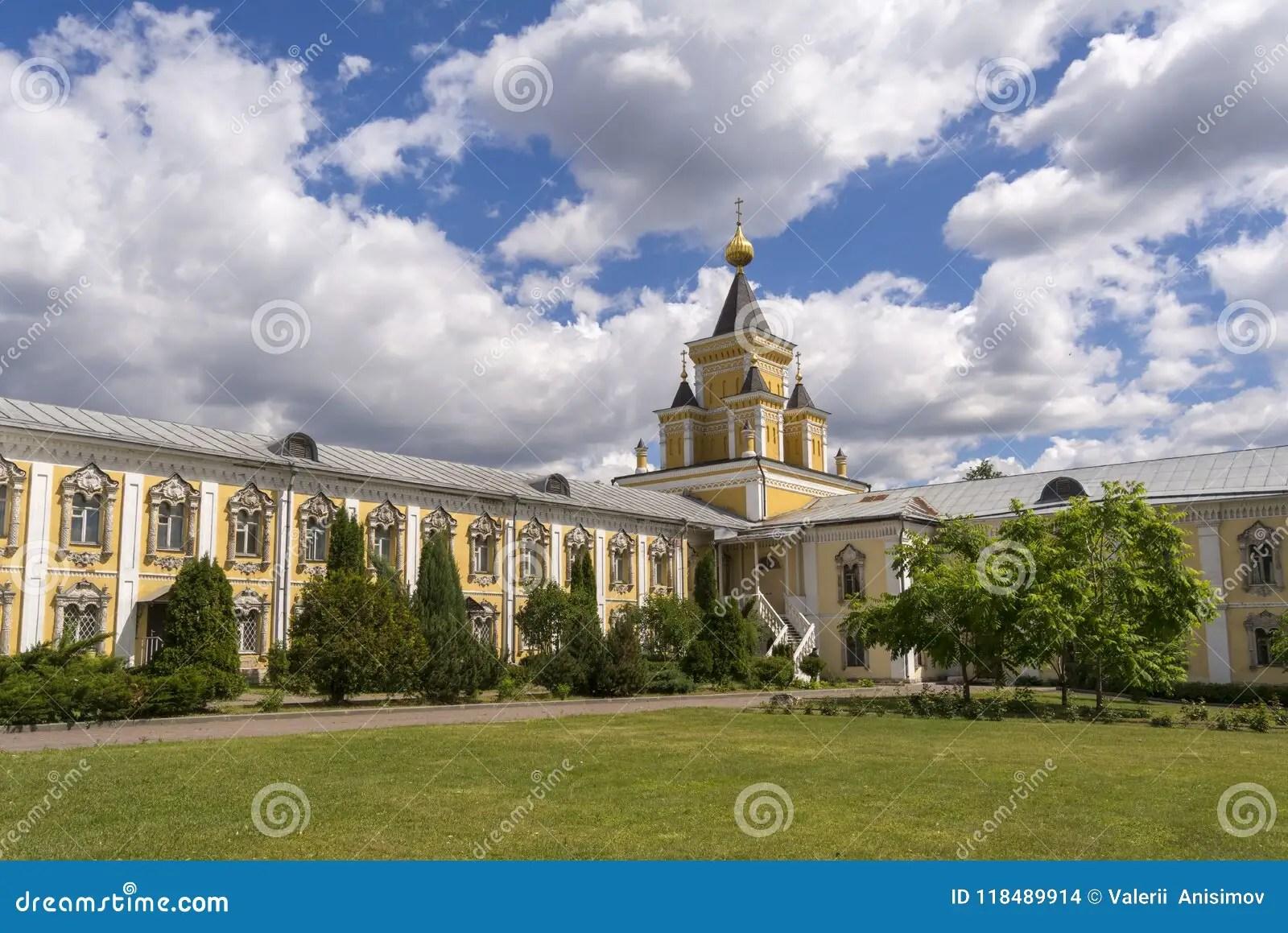 Nikolo Ugresha Monastery Russia Abbey Cathedral Middle