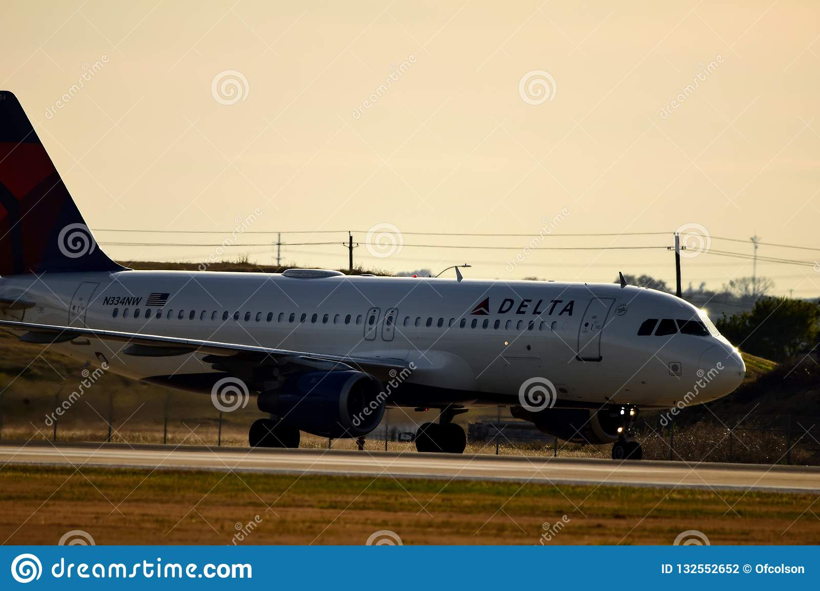 What Color Is Delta Airlines