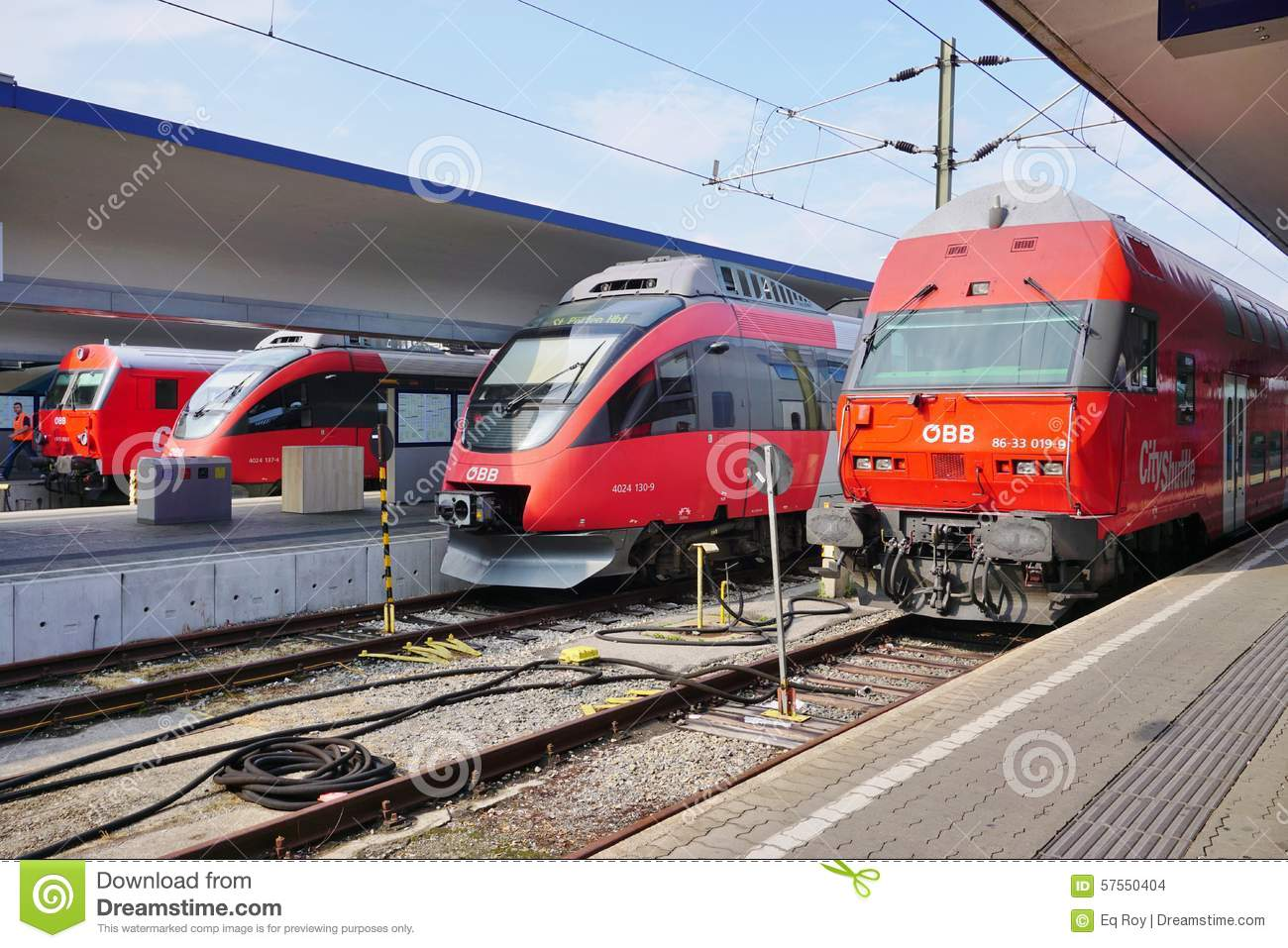 OBB Trains In Austria At The Station In Vienna Editorial Stock Image - Image of european, wien: 57550404