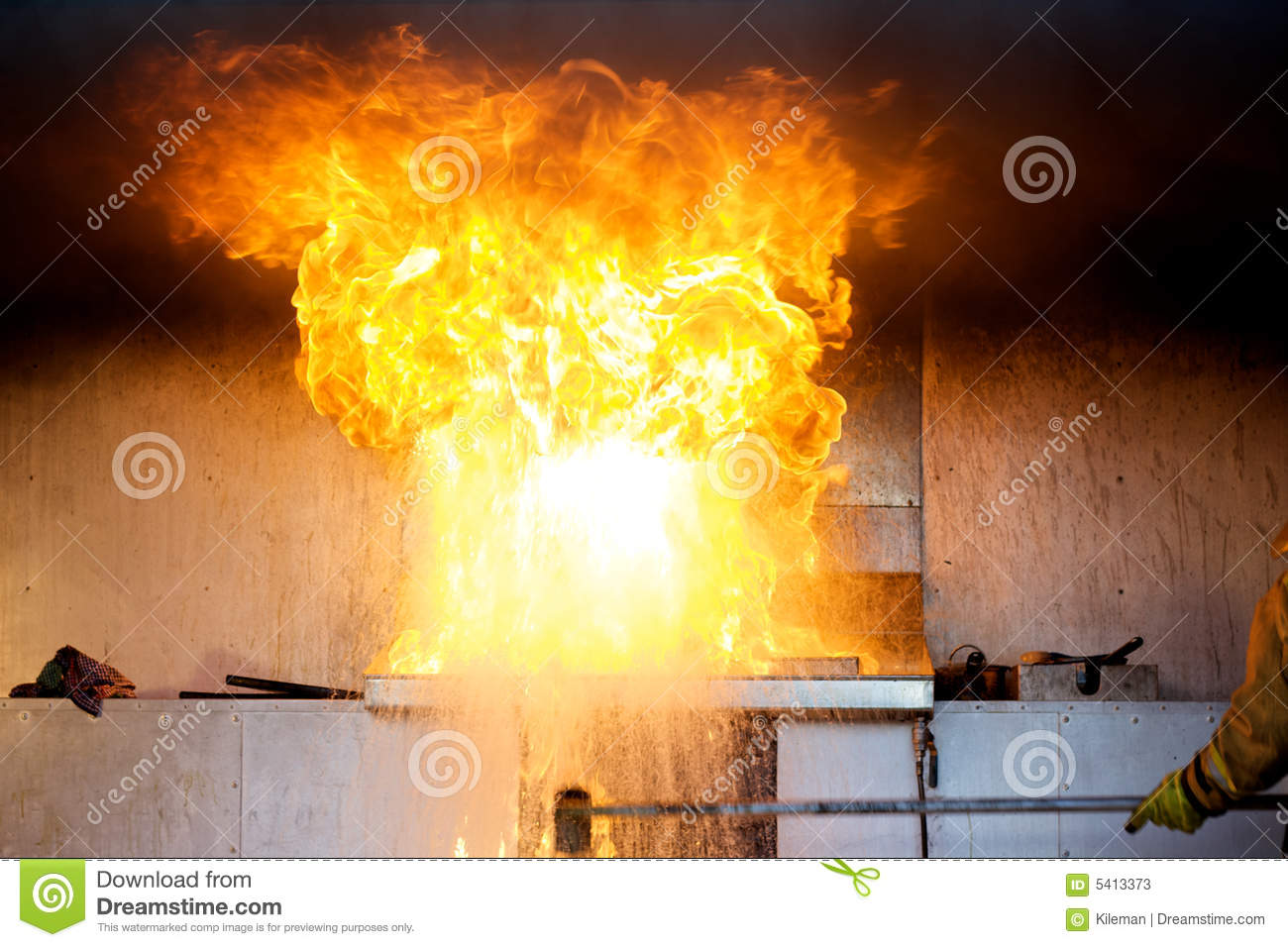 Oil Explosion In A Kitchen Fire Stock Photos  Image 5413373