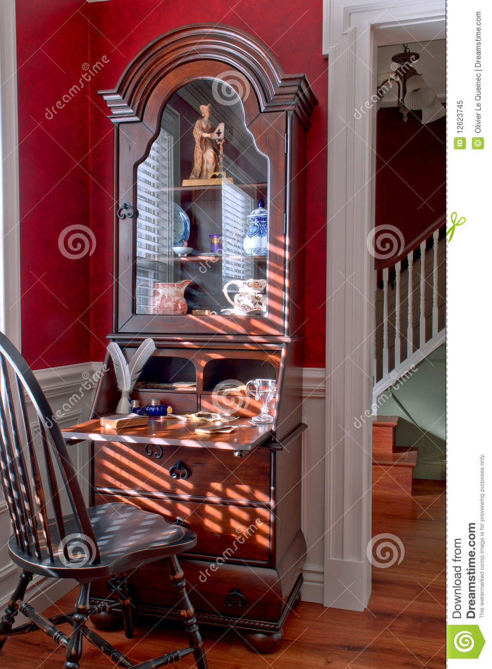 antique windsor chair wood waiting room chairs old colonial american style house interior stock image - image: 12623745