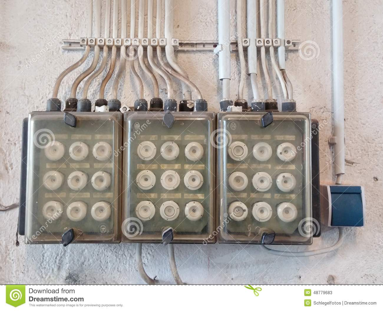 hight resolution of old electric fuse box