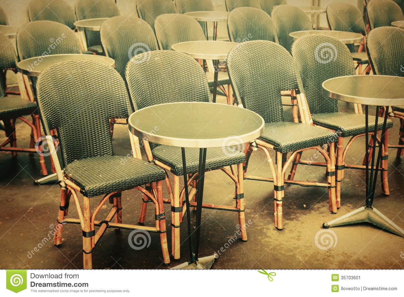 paris cafe chairs dark green chair old fashioned terrace stock image 35703601