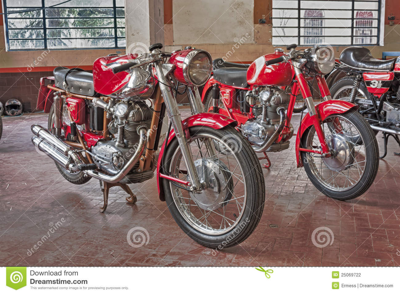 hight resolution of old motorcycles ducati