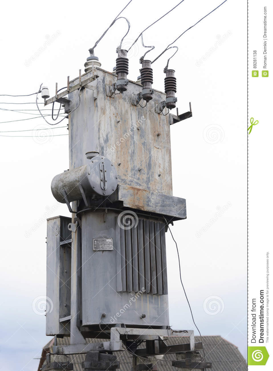 hight resolution of old three phase power transformer
