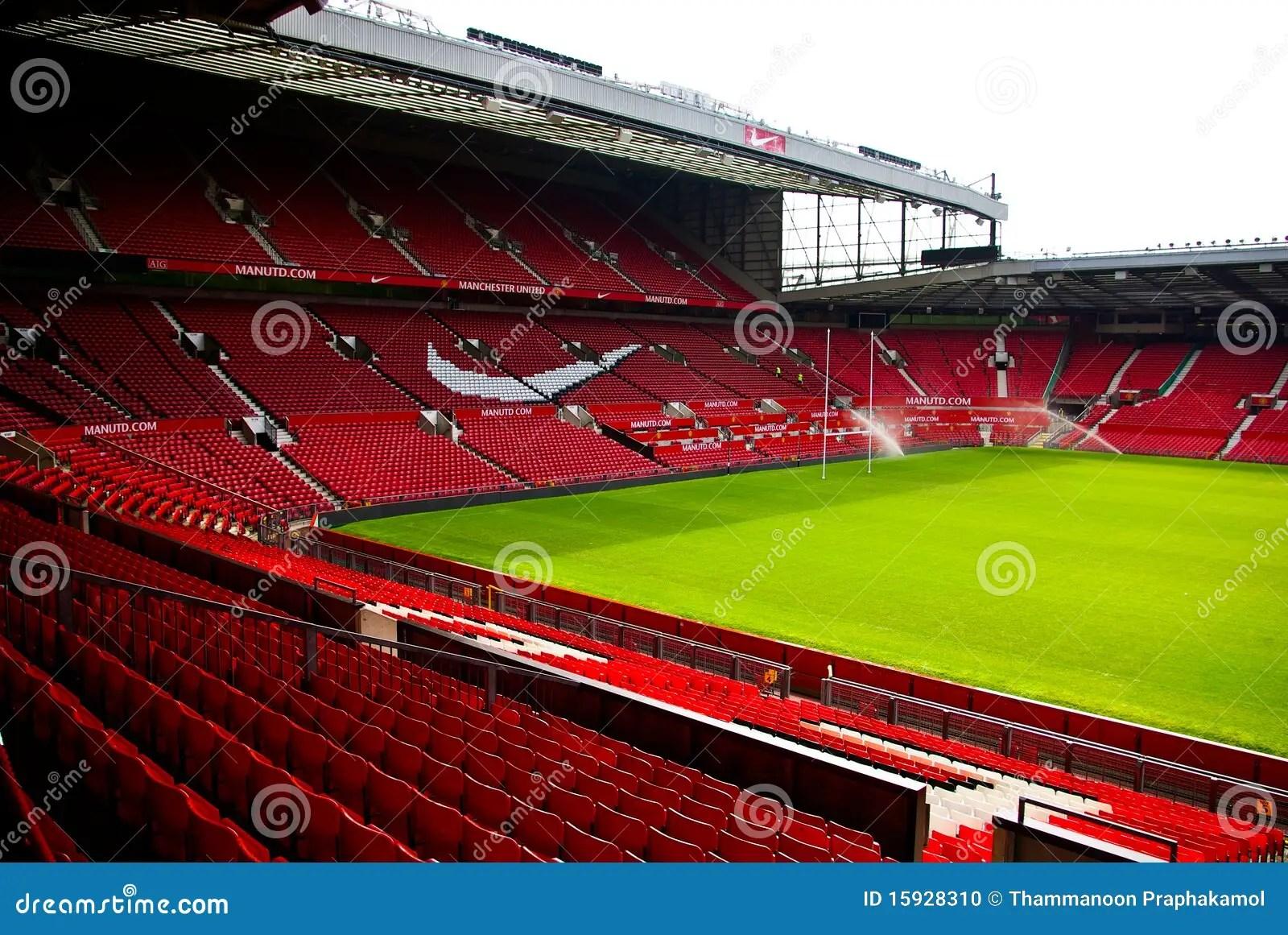 Old Trafford stadium editorial image. Image of united - 15928310