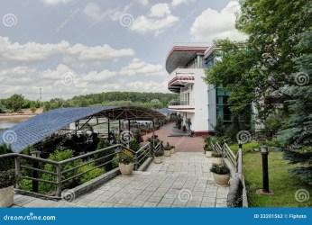 european outdoor luxury restaurant summer sunny