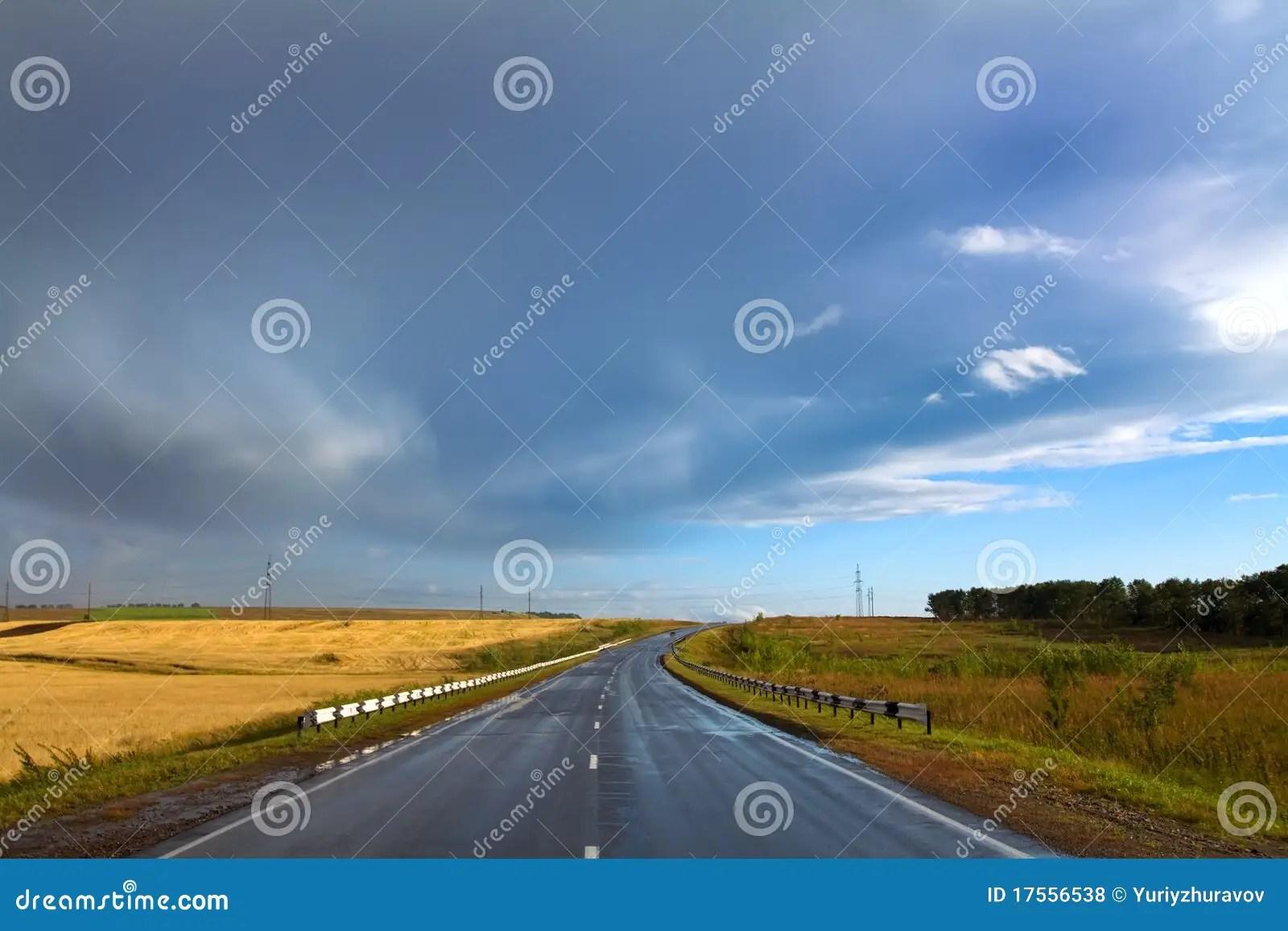 Paesaggio Con La Strada Rurale Asciutta Fotografia Stock  Immagine di nave campagna 17556538
