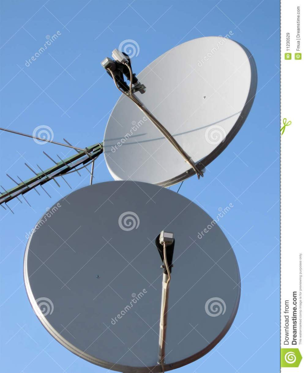 medium resolution of satellite dish telecommunication technology radio signal antenna radio antenne for wireless mobile phone connections mobile gsm umts on blue sky